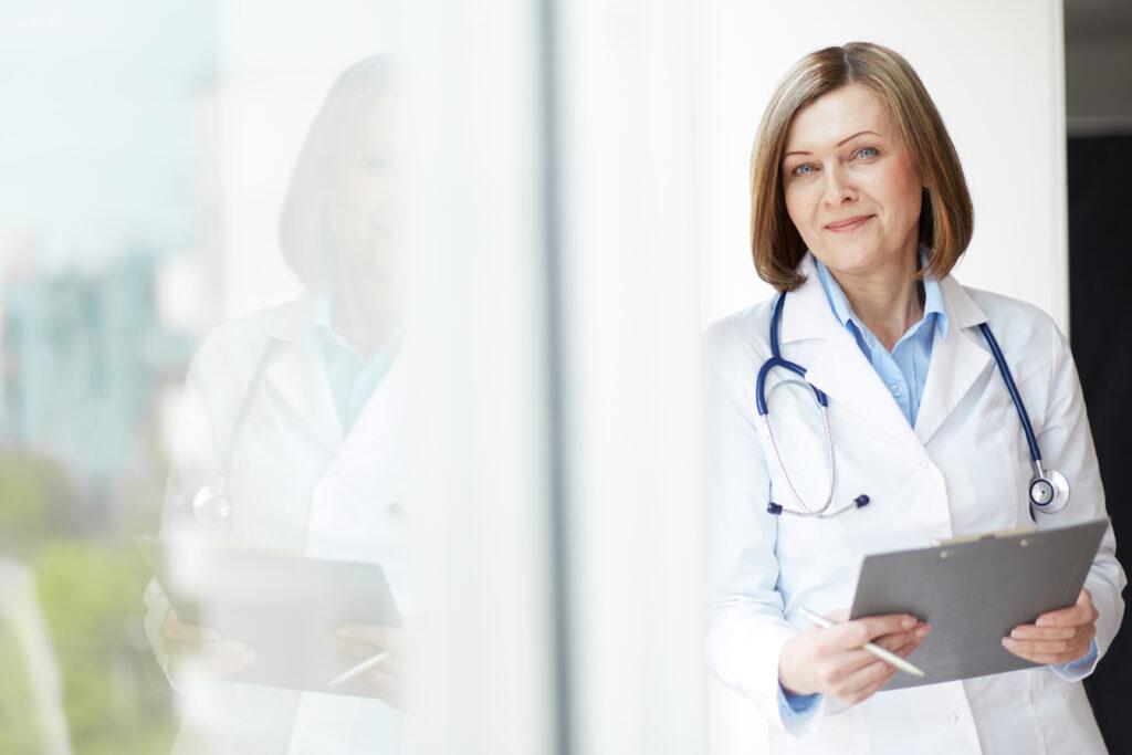 Médicos habilitados para ejercer